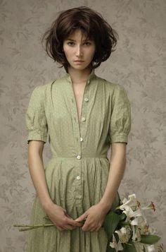 woman fashion, polka dots, loui treserra, paper bags, art, the dress, paint, portrait, mari aux