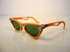 Vintage Cat Eye Glasses. 1940s. Dime Store.