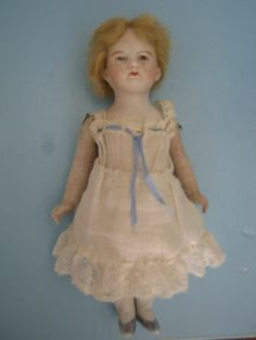 Cute doll dress to copy