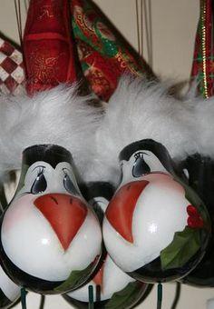 penguin head lightbulb ornie