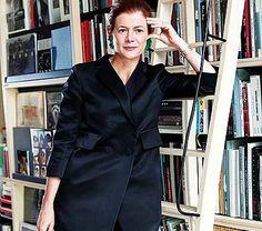 ELENA OCHOA y su librería y galería Galería Ivorypress.  La fundadora y directora de Ivorypress nos habla de su intensa trayectoria en el mundo editorial y galerístico