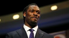 Texans draft Clowney with No. 1 overall pick. Welcome to the Lone Star State, Clowney!