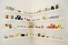 Corners are frustrating. This shelving makes me smile.