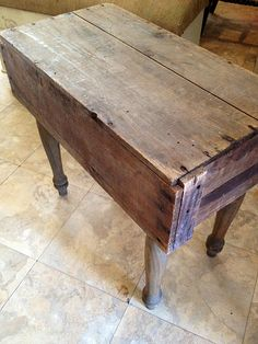 Old Crate/Box & 4 Old Spindle Legs...re-purposed into an awesome primitive table. Instructions included.