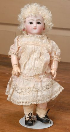 "10"" Early Steiner Bebe head + SFBJ body"