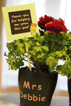 Teacher appreciation gift using @Amy Locurto free printables