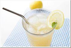 Honey Lavender Lemonade   http://www.two-tarts.com/2011/05/honey-lavender-lemonade.html