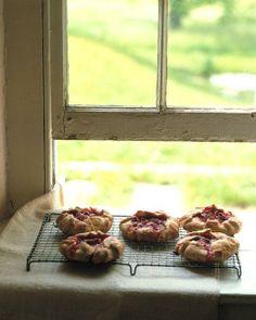 Individual Rhubarb and Raspberry Tartlets Recipe