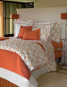 With a modern design, our Yves Delorme Jali Bedding Collection imbues your inner sanctum with a fresh yet private feel.