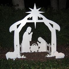 Outdoor Nativity Sets - Night View