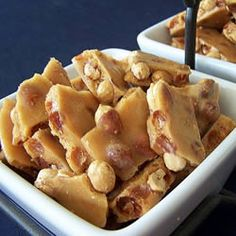 Microwave Oven Peanut Brittle Recipe (It ONLY takes 10 minutes!!!)