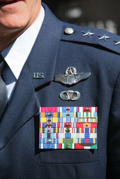 How to Incorporate Military Experience into your #resume