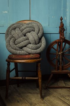 Nautical Knot Pillow #DIY