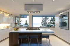 Glass House in West Vancouver, Canada by DGBK Architects