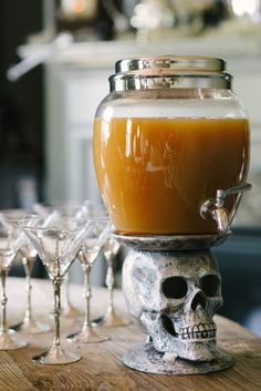 Halloween punch: http://www.stylemepretty.com/living/2013/10/25/halloween-party-from-waiting-on-martha/ | Photography: Rustic White - http://www.rusticwhite.com/