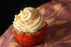 Coconut Pumpkin Pie Cupcakes