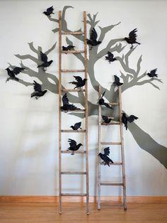 spooky tree     http://www.bhg.com/halloween/indoor-decorating/spookily-stylish-halloween-decorations/
