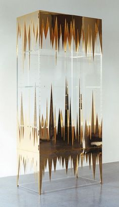 Unexpected. Xk #kellywearstler #gold #home #inspiration #unexpected
