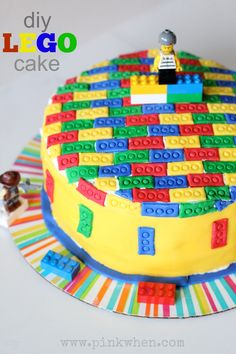 LOVE this LEGO cake! Perfect for a Birthday party, and the cake is even checkerd inside.