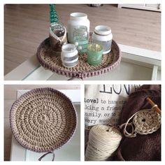 DIY Plateau haken / crochet. - Hoooked Zpagetti - Rond haken met meerderen (hoeveelheid toeren naar eigen keus) - Haaknaald 10 mm