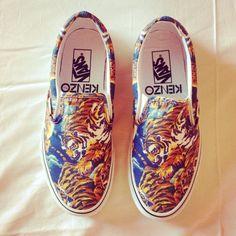 - Kenzo x Vans Flying Tiger Slip-On