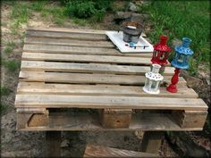 pallet table for the yard