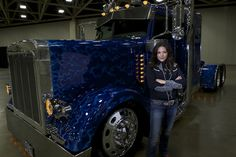 Against the grain: November's featured show truck | Overdrive - Owner Operators Trucking Magazine