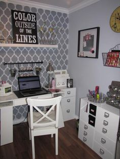 Clean & Scentsible: Craft Room Organization. wall patterns, office spaces, craft space, color, the craft, stencil, accent walls, home offices, craft rooms
