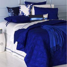 Love love love cobalt blue comforters.