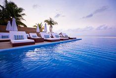 Infinity Pool, The Bahamas