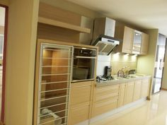 Oppein showroom in mauritius on pinterest custom kitchen for Kitchen design mauritius