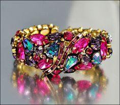Vintage Weiss Rhinestone Bracelet Bangle Clamper by boylerpf