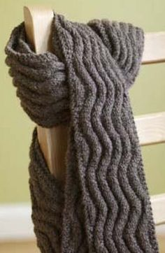 Free pattern for a simple rib scarf that looks like cables without the hassle.