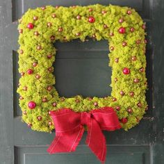 Chartreuse moss makes an incredible square wreath! Perfect for your modern Christmas! Find more creative wreaths here: http://www.bhg.com/christmas/wreaths/christmas-wreaths/?socsrc=bhgpin102114squaremosswreath&page=18
