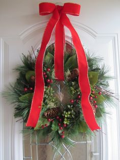 Christmas Wreath christma wreath, christmas wreaths, holiday wreaths, craft, christmas decorations, ribbon, christma decor, door decor, holidays