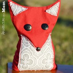 Cute little fox that helps little ones deal with boo-boos! #sewing