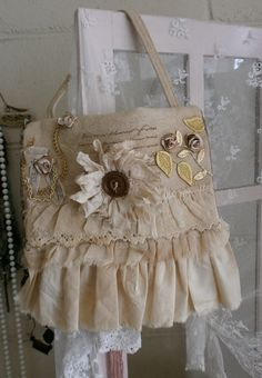 another fab. bag with french country flair.