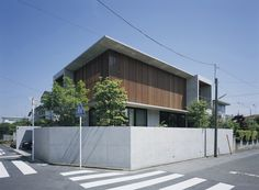 foo house in Yokohama by Apollo Architects & Associates