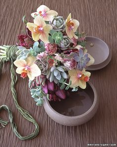Succulents make such lovely bouquets