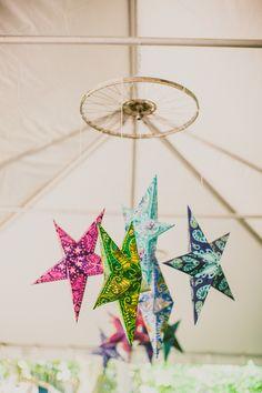 Star wedding decor! Carolyn Scott Photography via Bridal Musings Wedding Blog