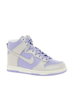 I love Nike Dunks, these colors are too cute.