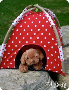 make a tent for your dolls or stuffed animals