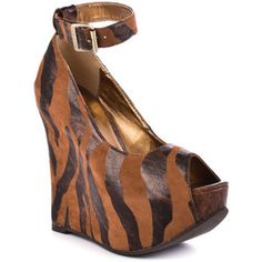 Luichiny Au Brie - Giraffe hidden wedge platforms #shoes #fashion #animalprint #giraffe