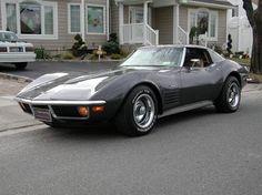 1970's Stingray!! only era of corvette i like