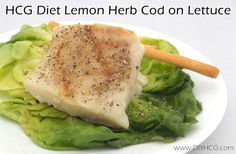 Flaky fish HCG recipe for phase 2 of the HCG Diet. Pin now... read later!