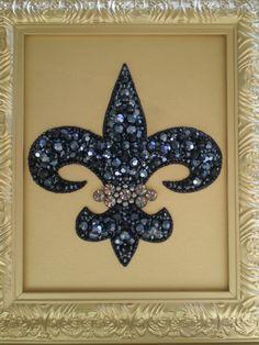 DIY Jeweled Fleur De Lis Art