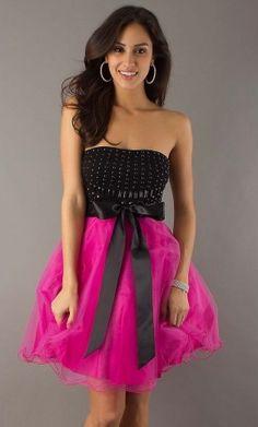 Short pink/black sweet sixteen dress