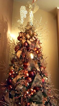 Designed by Rick Butler/ Garden District. Brown and copper #Christmas tree.