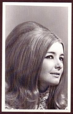 1960s backcombed flip hairstyle