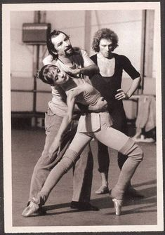 Maurice Béjart rehersing Rita Poelvoorde and Jorge Donn.